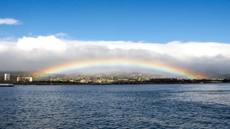 グーグルにハワイのレジェンドが登場!ロコが誇るハワイアンミュージシャンのIZをご紹介