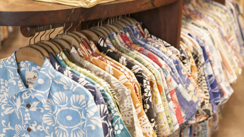 着心地のよいアロハシャツ4選