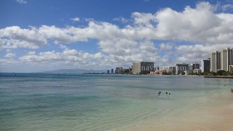 ハワイがまた遠のいてしまうのか~感染者増加でビーチ・公園を再び閉鎖へ