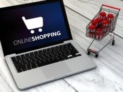 オンラインショッピングで日本からハワイのファッションアイテムをゲット!