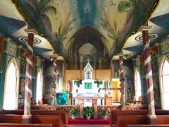 ハワイ島ホ・ナウナウの高台にある可愛い教会「セント・ベネディクト・カトリック・チャーチ/St Benedict Catholic Church」