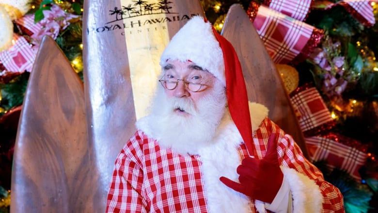 ワイキキ名物の巨大ツリー点灯式をFacebook Liveで世界に配信サンタとの記念撮影「ロイヤル・サンタ・サタデー」も開催!
