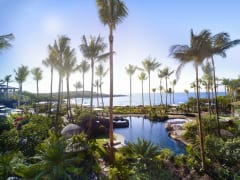 島の聖地へエスケープ − フォーシーズンズ リゾーツ ラナイ、11月20日より営業を再開~ラナイ・エアによるホノルル-ラナイ島間の往復フライトを含む宿泊プランを発売~