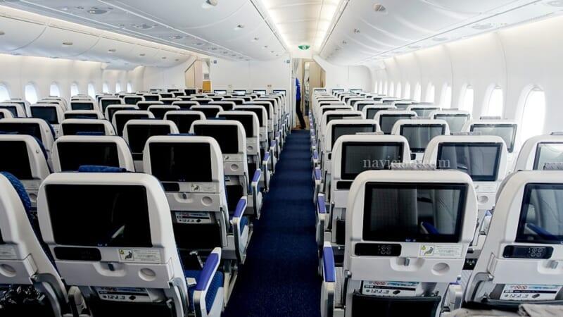 ちょっとした工夫で快適空間に!ハワイ往復の機内で快適に過ごすためのアイデア