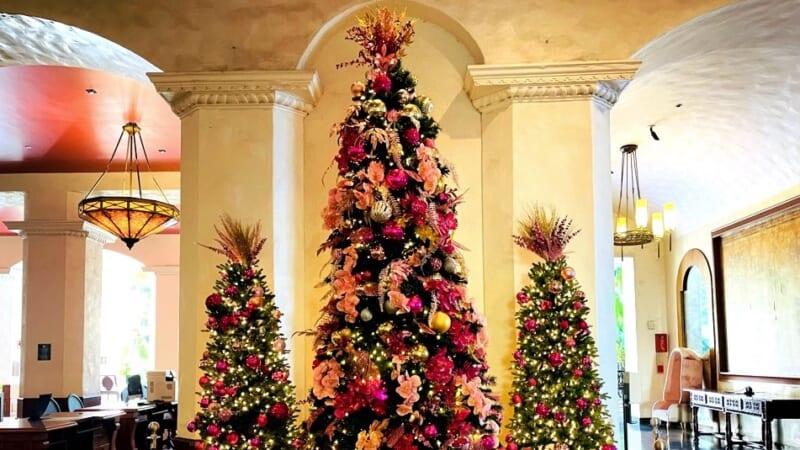 【在住者レポート】ハワイ各ホテルの現状とクリスマスツリーをお届け