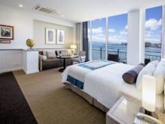 カイマナビーチホテルが改名してリニューアルオープン!大人気レストラン「ハウツリーラナイ」の最新情報もお届け