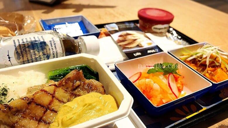 """あなたの選ぶ機内食が販売されるかも?アレンジロコモコも候補に選ばれた「航空ファンミーティング """"AIRLINE EXPO IN JAPAN""""」"""