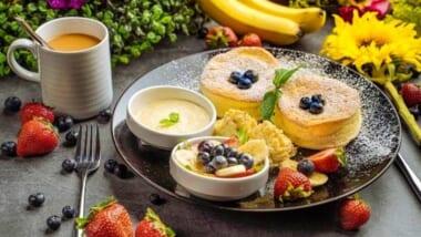 まさかハワイのラーメン屋で?!「ゴマ亭ラーメン/Goma Tei Ramen」カハラ店限定のふわふわのスフレパンケーキは食べる価値あり♪