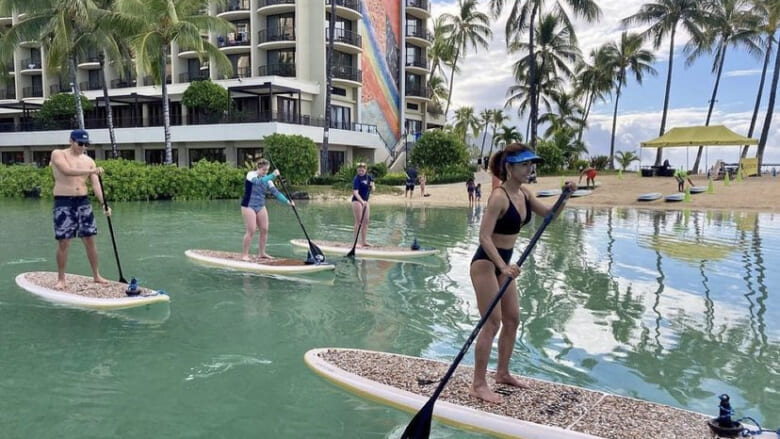 【在住者レポート】ペットと一緒にできる?ハワイで話題の「SUP」に挑戦