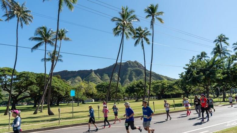 ホノルルマラソン日本在住者のプレエントリーがスタート!Tシャツプレゼント&オンラインランニングイベントもゲットに要注目♪