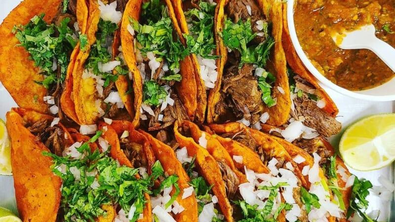 【在住者レポート】ハワイでも大流行となったメキシコの「ビリア料理」とはどんな料理?!