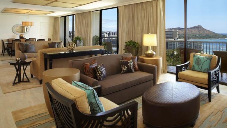 ヒルトン直営のホテル3軒にてスイートルームが最大半額になる『スイートセール』を7月21日~7月30日に開催!