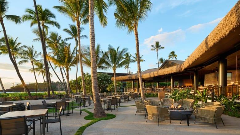 カアナパリビーチホテルにビーチフロントレストランHuihuiがオープン
