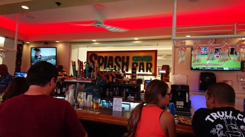 ハワイ到着日に行くカジュアルレストラン「Splash Bar/スプラッシュ・バー」