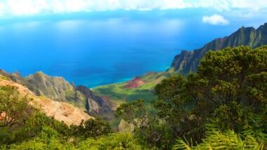 ハワイの禁断絶景スポット「天国への階段」がいよいよ撤去される!?立ち入り禁止になった理由も